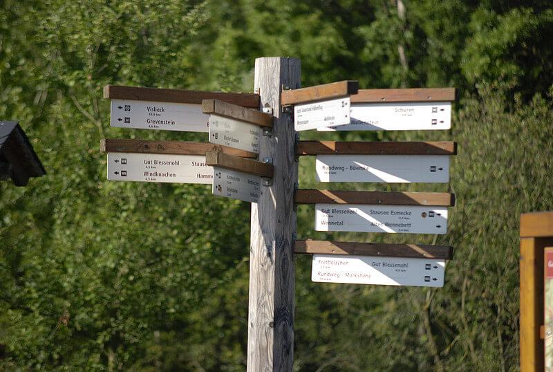 Wanderwege im Sauerland rund um Wenholthausen - Sauerländer Höhenflug, Golddorf-Route und W-Wege