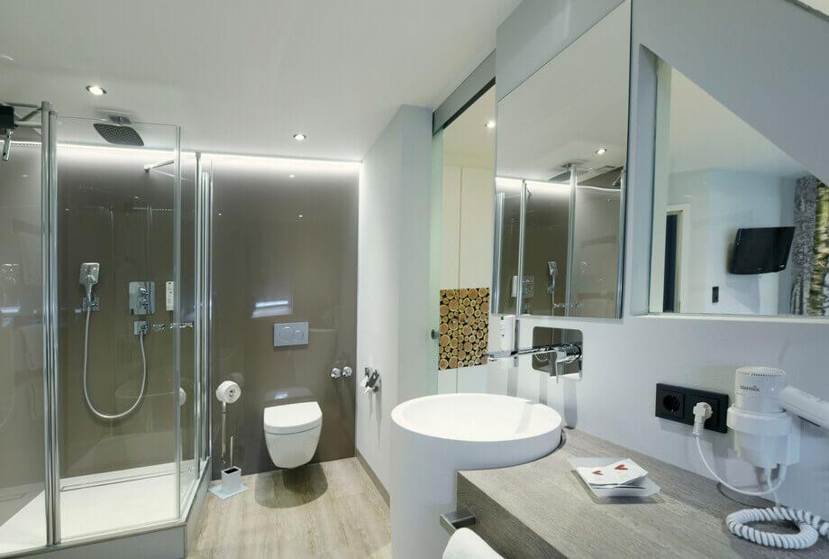 Modernes Hotelzimmer im Sauerland